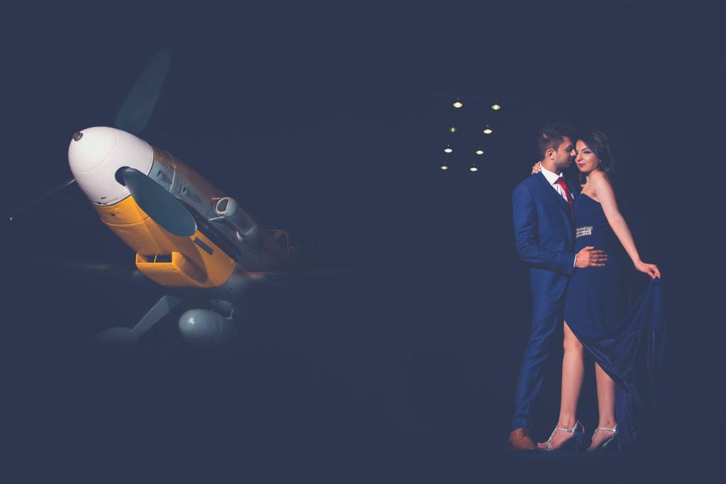 Engagement photoshoot with aeroplane